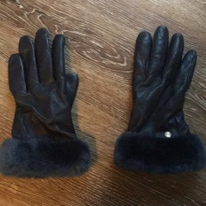 Ugg leather gloves, women's, worn once